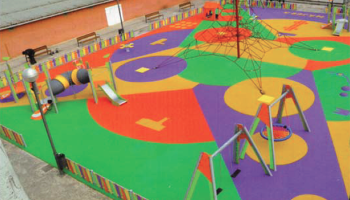 Parques infantiles con suelo amortiguador de Krealia