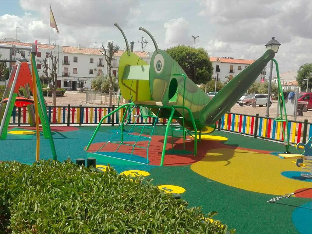 Remodelacion y ampliacion del parque de la estacion de autobuses en Almagro