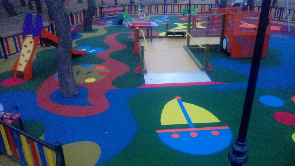 Montaje parque infantil Alces Alcazar de San Juan