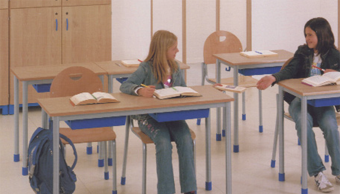 Mobiliario escolar de Krealia Gestión