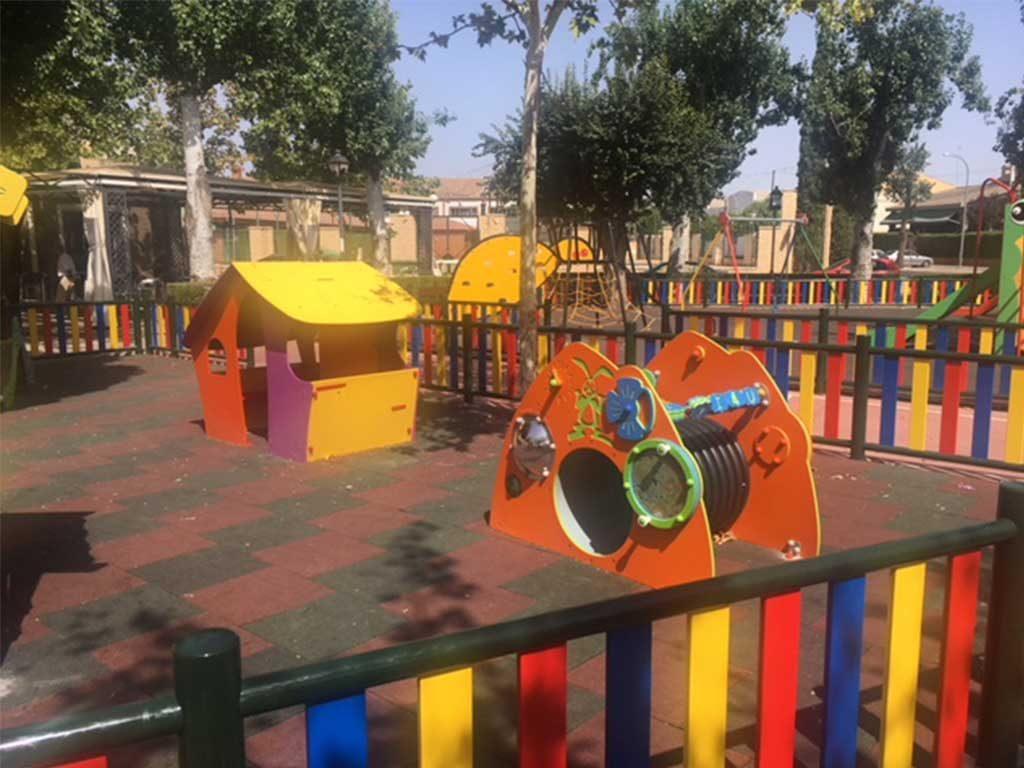 Ampliacion parque infantil en Bolaños