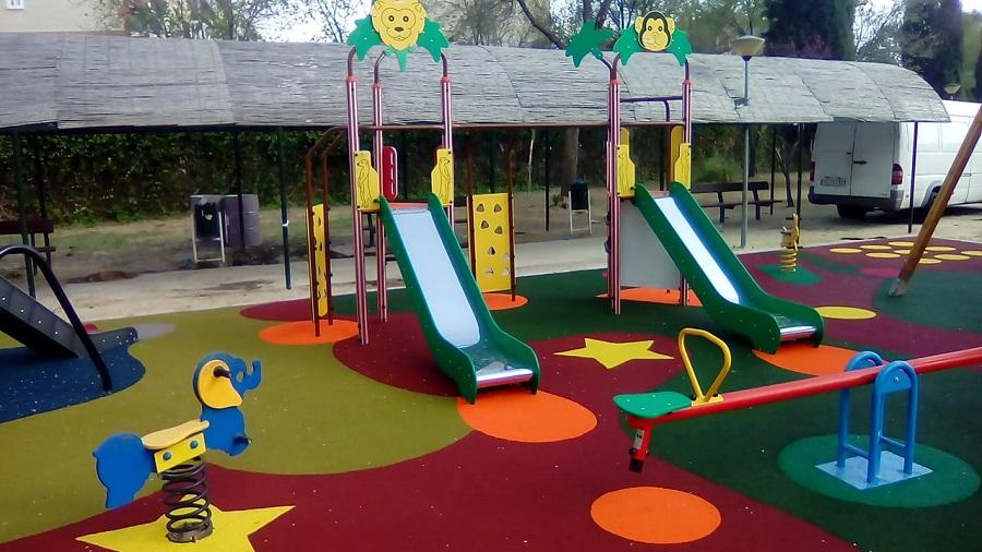 Parque infantil en Magán (Toledo)