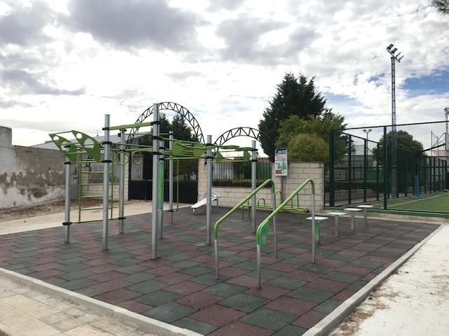 Montaje de circuito deportivo en Cabañas de Yepes